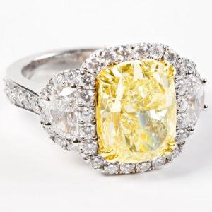 yellow-diamond-engagement-rings-4